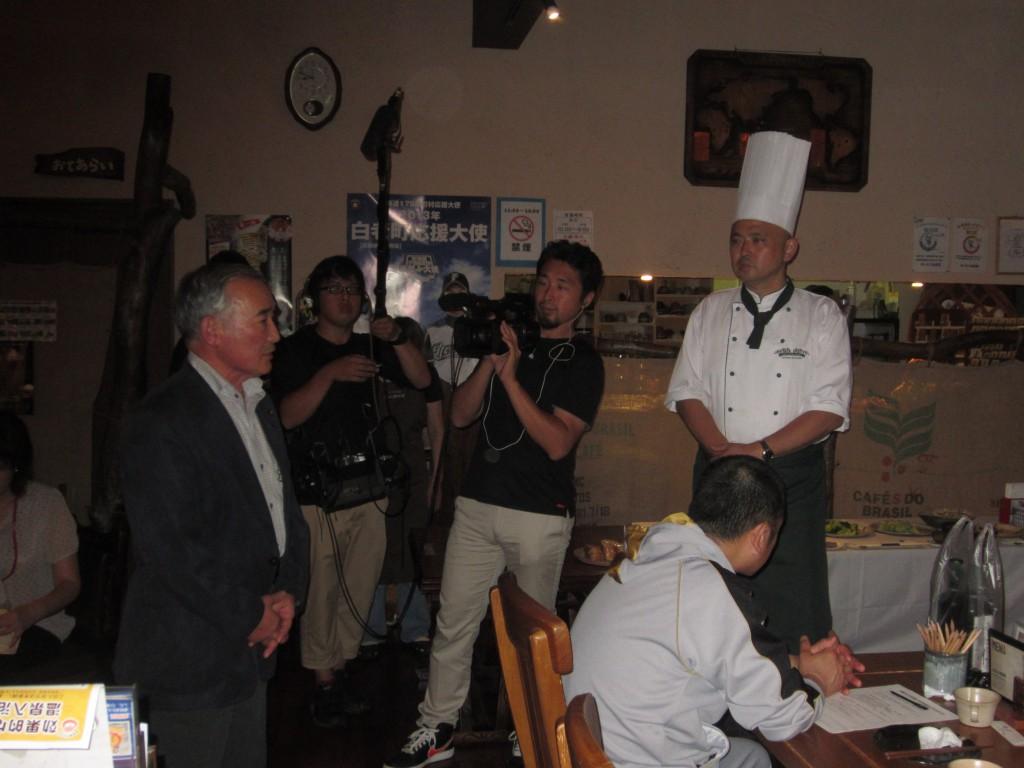 試食会の最後に「スーパーくまがい」の熊谷社長様から、有難い御言葉を頂戴致しました