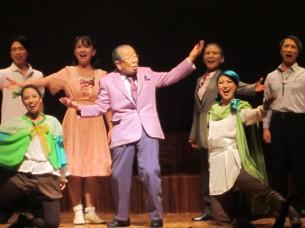 音楽劇のラストにも登場され、場内の盛り上がりは最高潮でした