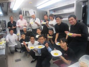 ミュンヘンの超人気和食店「SHOYA」のスタッフのみなさんに手伝って頂きました